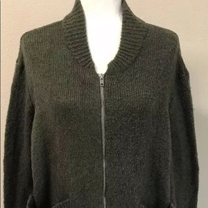 NWT Olive colored cardigan with pockets and zipper